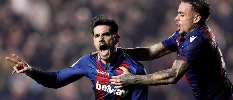 El Levante golea al Athletic y se mete en Europa 87e2b7db5ad75